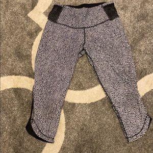 Lululemon cropped leggings with mesh back detail